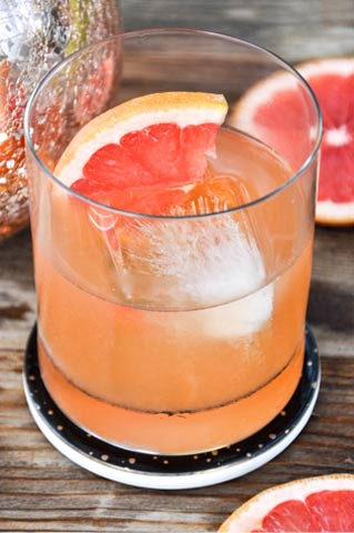 grapefruit-Bourbon-Cocktail