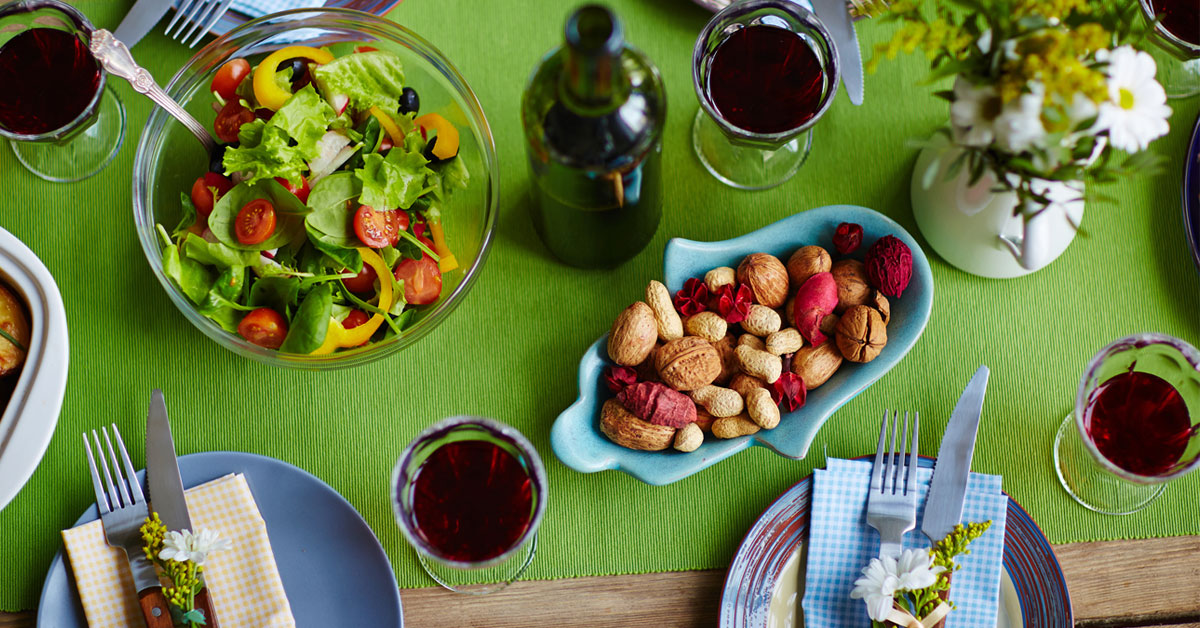ttt-dinner-table-about-us-image-1200x628